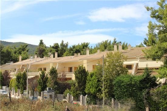 Συγκρότημα 12 πολυτελών κατοικιών,Δροσιά